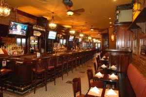 mcgees-how-i-met-your-mother-bar-pub-irish-st-pattys